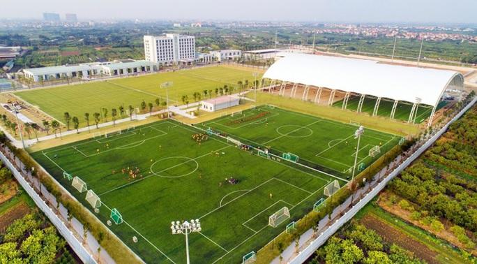Chủ tịch Sài Gòn FC nói gì khi lò đào tạo PVF được chuyển giao cho Tập đoàn Giáo dục Văn Lang? - Ảnh 2.