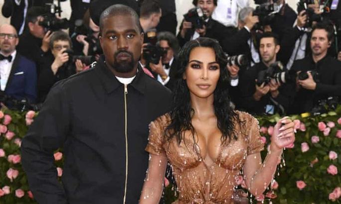 Kim Siêu vòng ba đệ đơn ly hôn Kanye West - Ảnh 2.