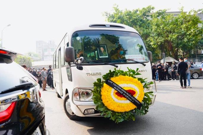 Lời chia tay đầy nước mắt ngày tiễn biệt NSND Hoàng Dũng - Ảnh 8.