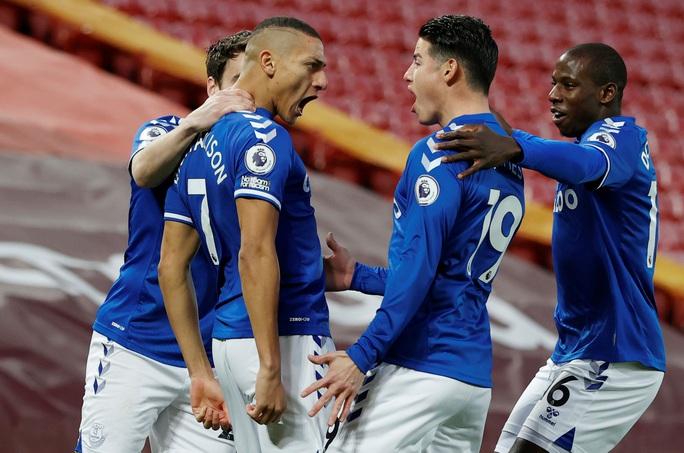 Địa chấn Anfield, Liverpool thua tan tác Everton trận derby Merseyside - Ảnh 3.