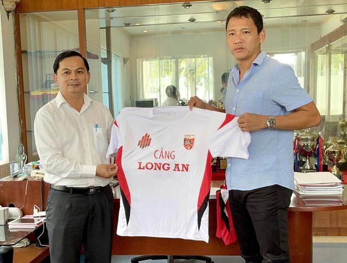 Chiêu mộ lão tướng Anh Đức, CLB ĐTLA đặt tham vọng lên V-League năm 2023 - Ảnh 2.