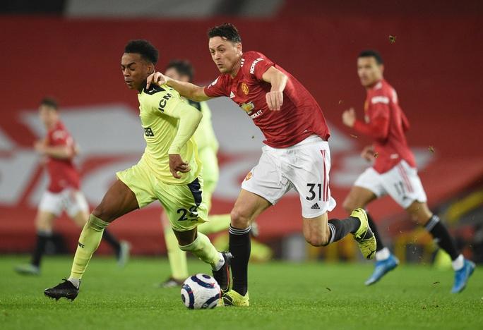 Thắng thuyết phục Newcastle, Man United mạnh mẽ về ngôi nhì bảng - Ảnh 2.
