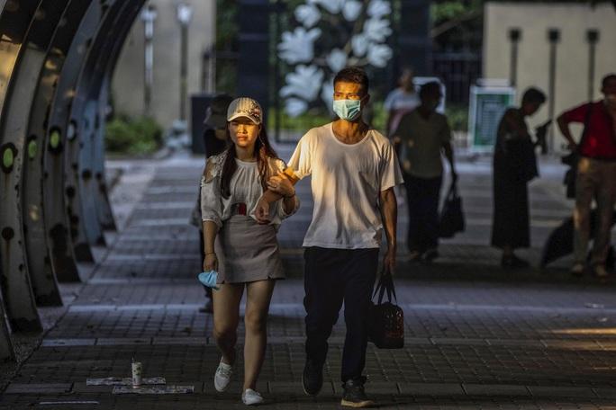 Ghép đôi gái ế đô thị và trai nông thôn, chuyên gia Trung Quốc hứng gạch đá - Ảnh 2.