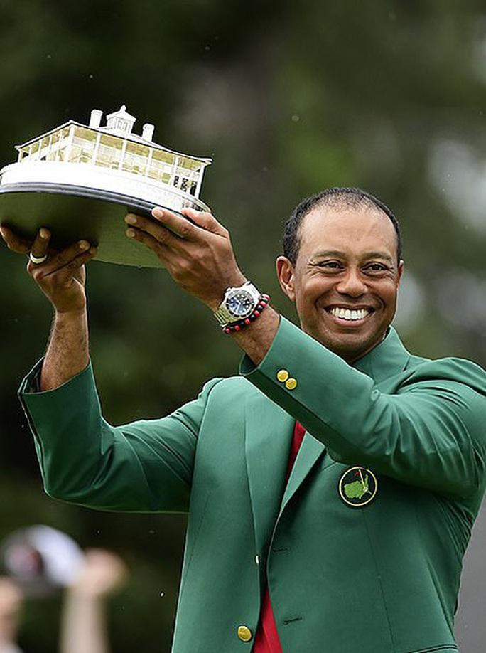 Siêu sao Tiger Woods thoát chết sau màn lật xe kinh hoàng - Ảnh 6.