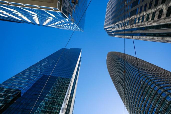 Tòa nhà cao tầng càng nhiều, đất đô thị càng sụt lún? - Ảnh 1.