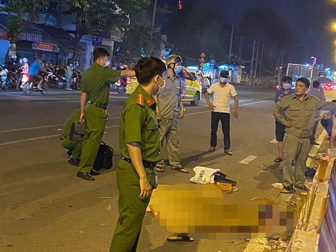 Kẻ cướp giật ở quận Tân Phú khiến 2 người thiệt mạng đã ở đâu và khai gì? - Ảnh 1.