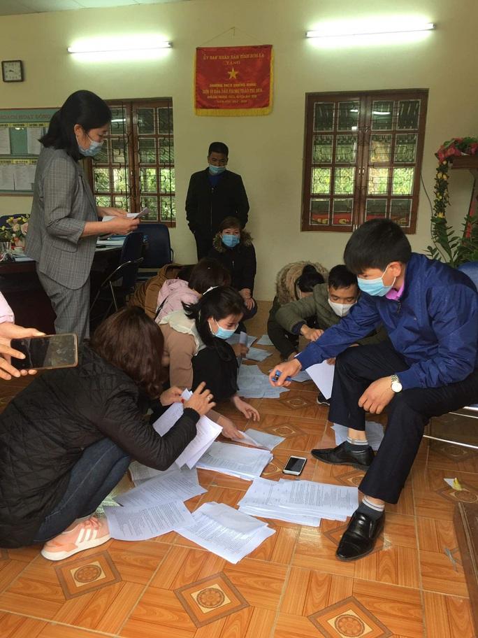 Làm báo cùng Báo Người Lao Động: Gieo chữ trên đá núi Chiềng Sung - Ảnh 2.