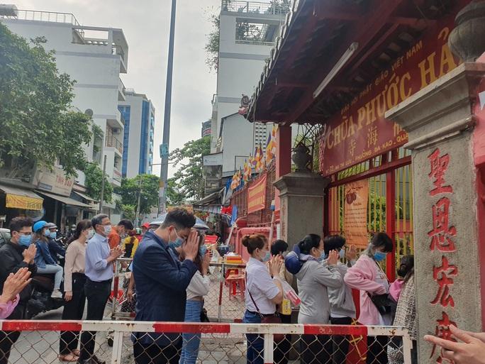 Cận cảnh viếng chùa Vĩnh Nghiêm, Việt Nam Quốc Tự, Phước Hải rằm tháng Giêng - Ảnh 6.