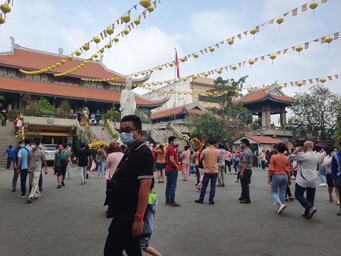 Cận cảnh viếng chùa Vĩnh Nghiêm, Việt Nam Quốc Tự, Phước Hải rằm tháng Giêng - Ảnh 5.