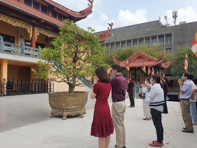 Cận cảnh viếng chùa Vĩnh Nghiêm, Việt Nam Quốc Tự, Phước Hải rằm tháng Giêng - Ảnh 12.