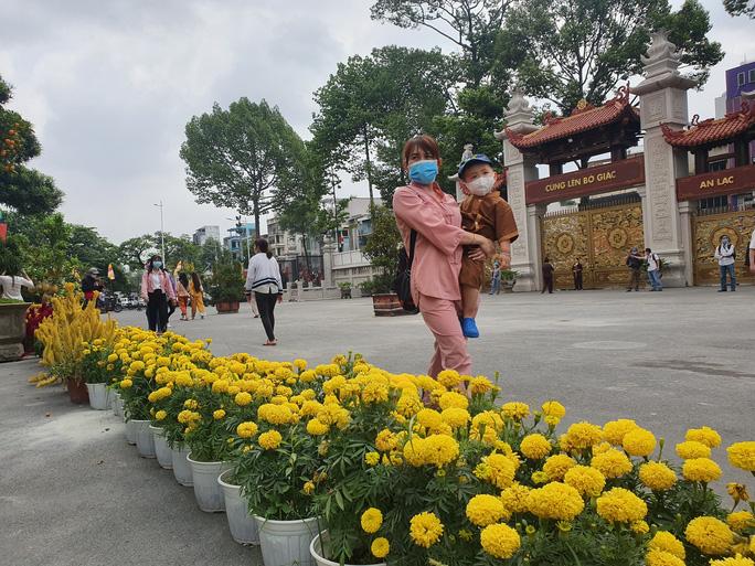 Cận cảnh viếng chùa Vĩnh Nghiêm, Việt Nam Quốc Tự, Phước Hải rằm tháng Giêng - Ảnh 9.