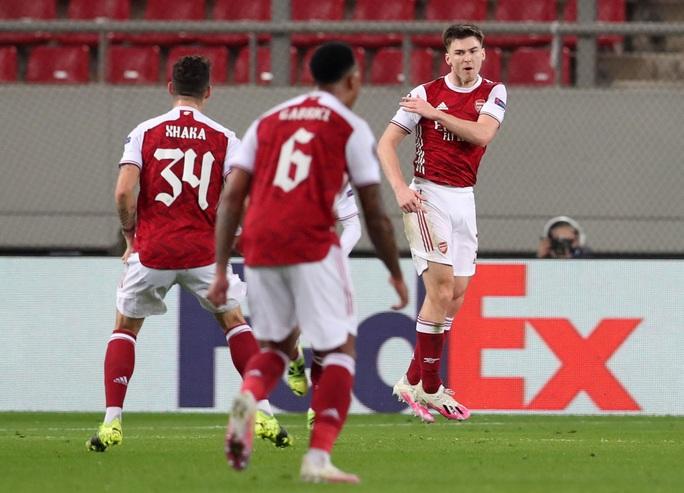 Rượt đuổi tỉ số nghẹt thở, Arsenal hạ Benfica ở Europa League - Ảnh 5.