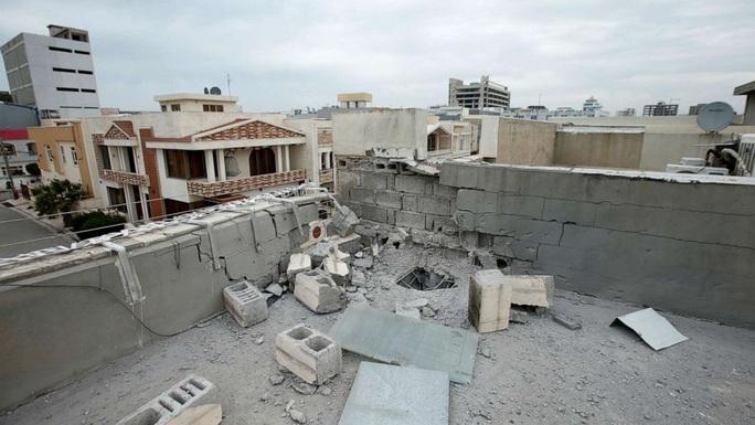 Tổng thống Biden ra lệnh không kích Syria, nhắm vào lực lượng thân Iran - Ảnh 2.
