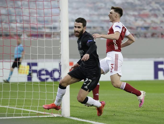 Rượt đuổi tỉ số nghẹt thở, Arsenal hạ Benfica ở Europa League - Ảnh 4.