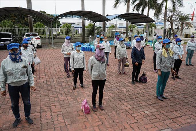 Hải Phòng: Tặng nông sản sạch cho công nhân - Ảnh 1.