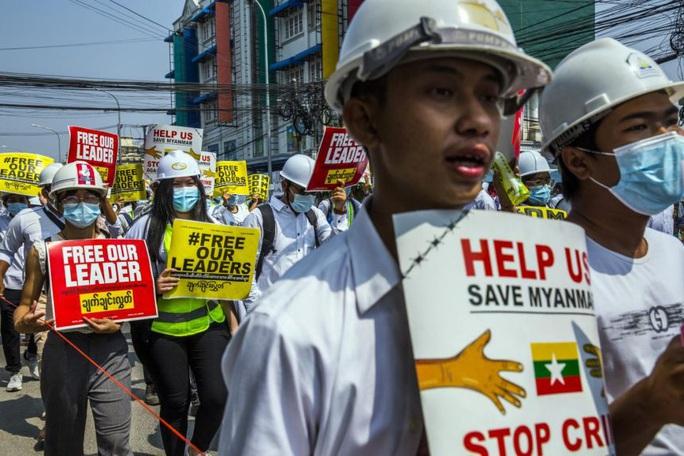 Đại sứ Myanmar cầu cứu tại Liên Hiệp Quốc - Ảnh 2.
