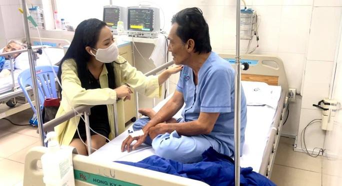 Nghệ sĩ quyên góp hàng trăm triệu đồng hỗ trợ diễn viên Thương Tín - Ảnh 2.