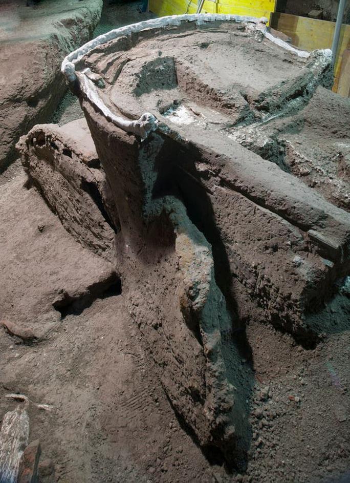 Đỏ mặt với báu vật nguyên vẹn từ thành phố bị chôn vùi 2.000 năm - Ảnh 3.