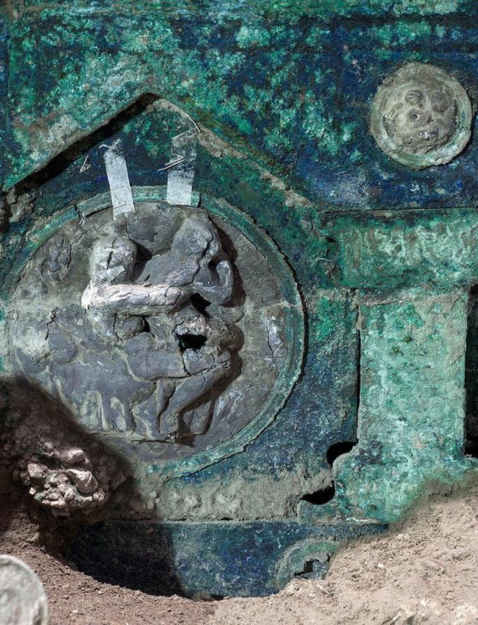 Đỏ mặt với báu vật nguyên vẹn từ thành phố bị chôn vùi 2.000 năm - Ảnh 4.