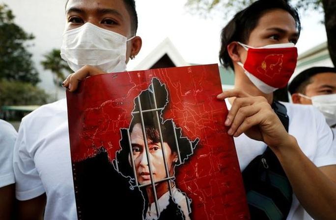 Bước đi lỡ làng của IMF với Myanmar? - Ảnh 2.