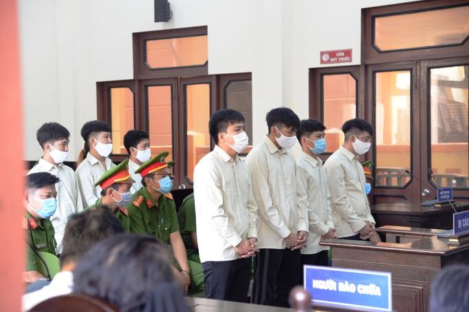 Hai nhóm truy sát nhau, 8 đối tượng vào tù - Ảnh 1.