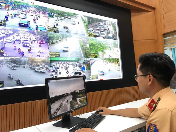 Đầu tư 2.150 tỉ đồng lắp camera giám sát, chỉ huy điều hành giao thông - Ảnh 1.
