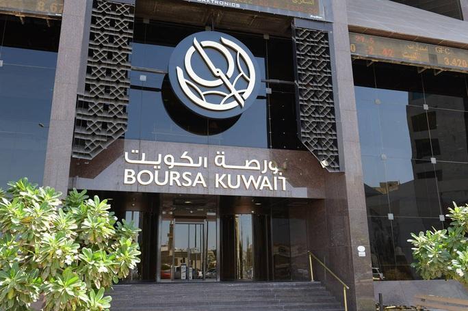 Kuwait: Quốc gia thuộc nhóm giàu nhất thế giới đang cạn tiền mặt - Ảnh 1.