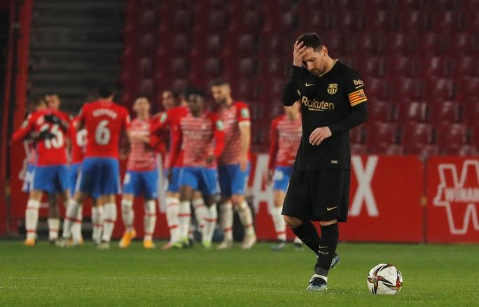Barcelona chết hụt ở tứ kết Cúp Nhà vua, HLV Koeman thót tim - Ảnh 3.