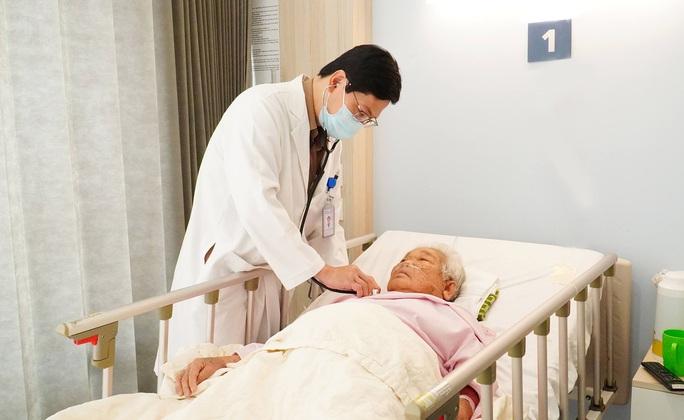 Cân não với ca nhiễm trùng gan bị hội chứng cushing - Ảnh 1.