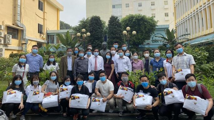 23 sinh viên Y khoa Phạm Ngọc Thạch sang Đức thực hành lâm sàng - Ảnh 1.