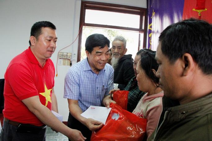 """Chương trình """"Trái tim miền Trung"""" trở lại với  đồng bào miền núi Quảng Nam - Ảnh 2."""