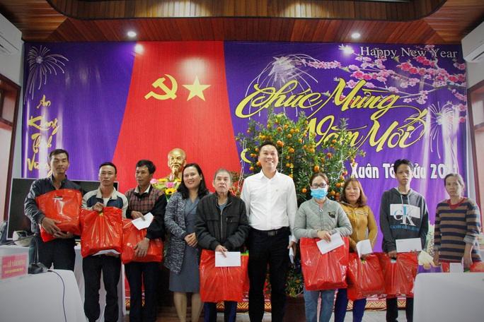 """Chương trình """"Trái tim miền Trung"""" trở lại với  đồng bào miền núi Quảng Nam - Ảnh 5."""