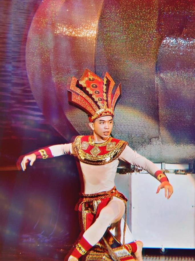 Giới nghệ sĩ múa thương tiếc ngôi sao Mai Trung Hiếu - Ảnh 3.