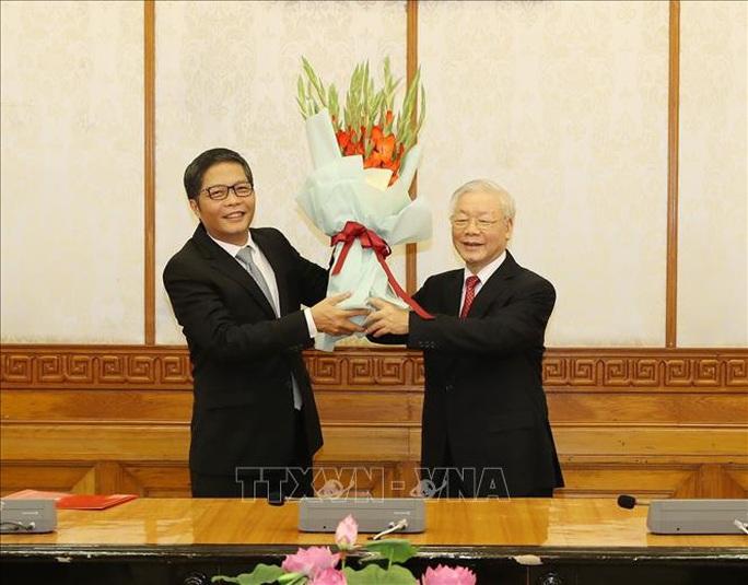 Chùm ảnh: Tổng Bí thư, Chủ tịch nước trao Quyết định phân công Ủy viên Bộ Chính trị - Ảnh 6.