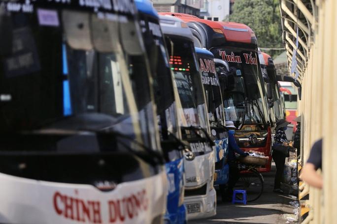 Bến xe khách vắng tanh trong những ngày cao điểm Tết Nguyên đán Tân Sửu 2021 - Ảnh 9.