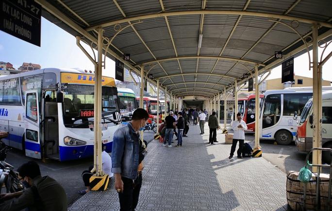 Bến xe khách vắng tanh trong những ngày cao điểm Tết Nguyên đán Tân Sửu 2021 - Ảnh 8.