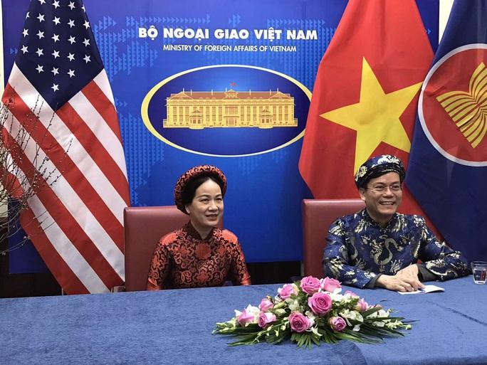 CLIP: Người Việt Nam ở nước ngoài đón Tết như thế nào? - Ảnh 1.