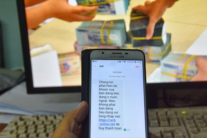 Lại rộ tin nhắn SMS giả mạo ngân hàng để lừa đảo - Ảnh 1.