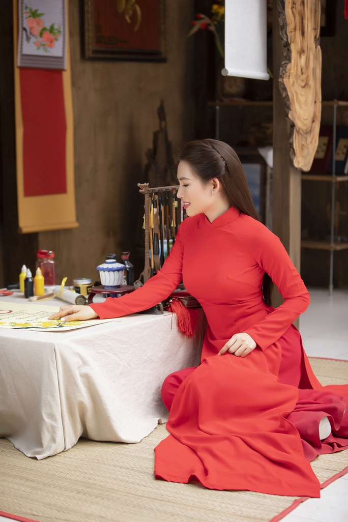 Thúy Diễm, Văn Phượng... khoe sắc rạng ngời đón Xuân Tân Sửu - Ảnh 27.