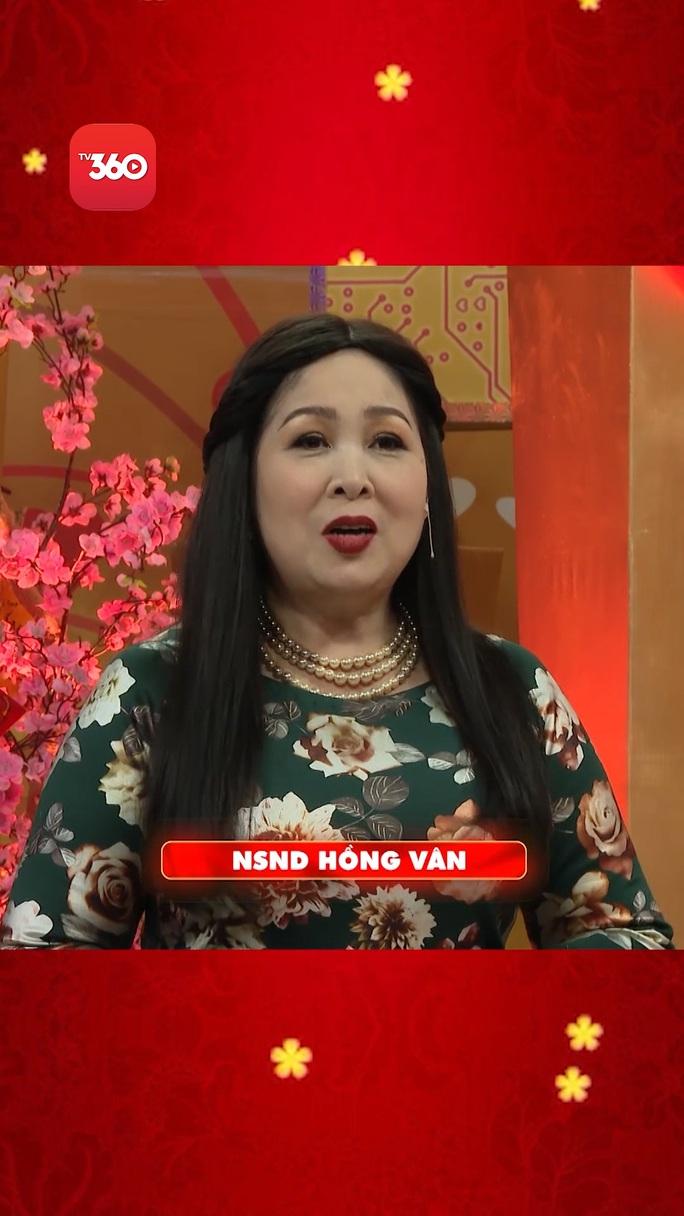 Dàn nghệ sĩ Việt chúc Tết khán giả trong Tết là để yêu thương - Ảnh 7.