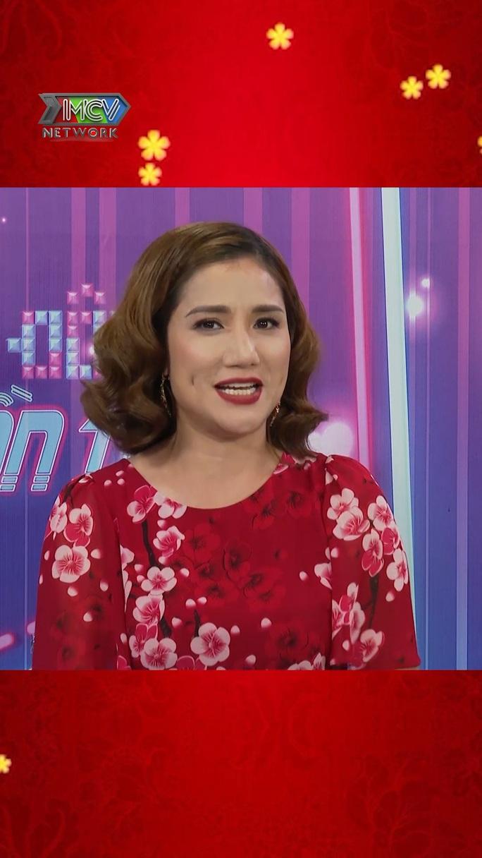 Dàn nghệ sĩ Việt chúc Tết khán giả trong Tết là để yêu thương - Ảnh 5.