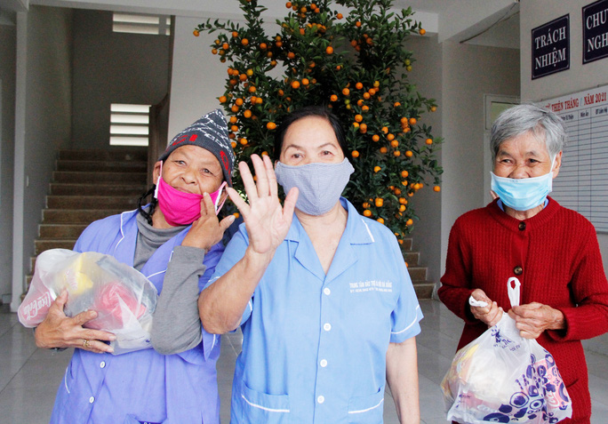 """Tết ấm cho người vô gia cư"""" đến với Trung tâm Bảo trợ xã hội Đà Nẵng - Ảnh 4."""