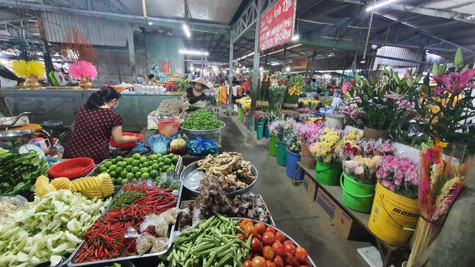 Nhộn nhịp chợ quê ngày giáp Tết - Ảnh 15.