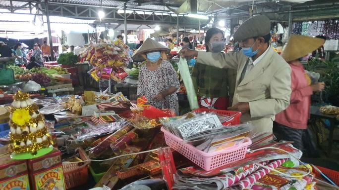 Nhộn nhịp chợ quê ngày giáp Tết - Ảnh 16.