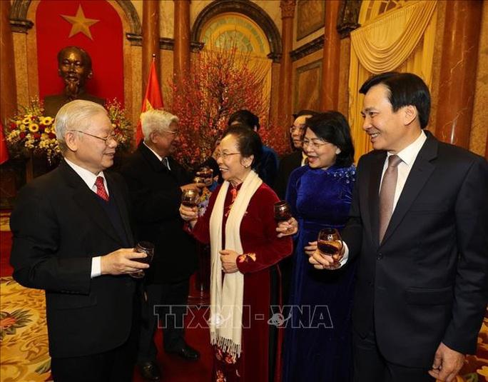 Tổng Bí thư, Chủ tịch nước Nguyễn Phú Trọng chủ trì gặp mặt, chúc Tết - Ảnh 6.
