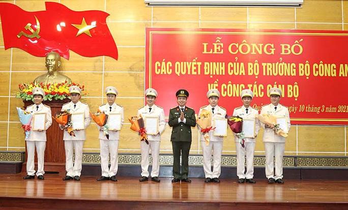Nhân sự ở Công an Quảng Bình: Điều động 7 Trưởng phòng, Trưởng Công an huyện - Ảnh 1.