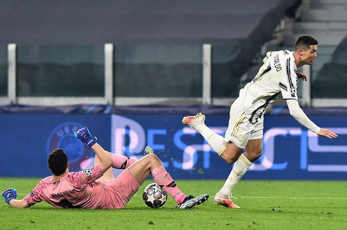 Ngược dòng thảm hại tại Turin, Juventus thua tan tác Champions League - Ảnh 6.