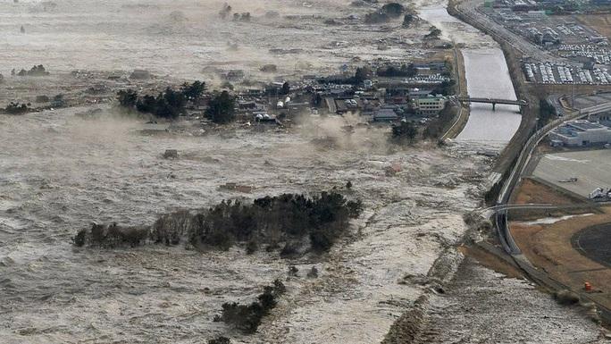 Nhìn lại thảm họa động đất - sóng thần làm nghiêng trục Trái Đất 10 năm trước - Ảnh 8.