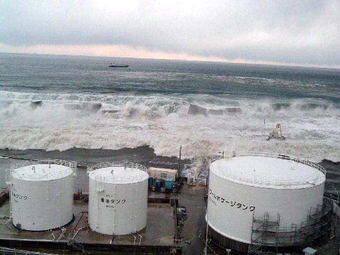 Nhìn lại thảm họa động đất - sóng thần làm nghiêng trục Trái Đất 10 năm trước - Ảnh 11.