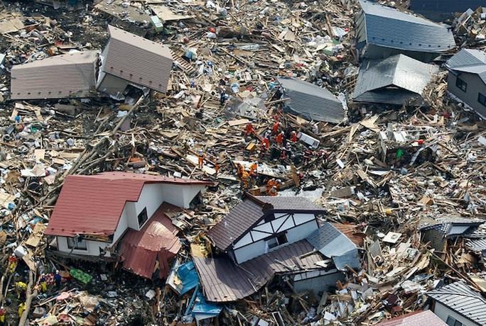 Nhìn lại thảm họa động đất - sóng thần làm nghiêng trục Trái Đất 10 năm trước - Ảnh 16.